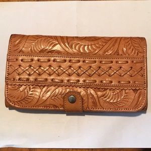 VTG American west hand tooled tan leather wallet